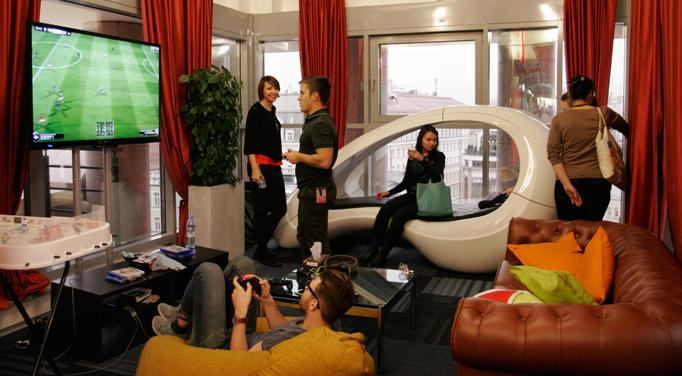 Экскурсия студентов учебного центра Unibrains в компанию Google.
