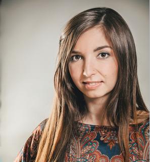 Яна Новоселова